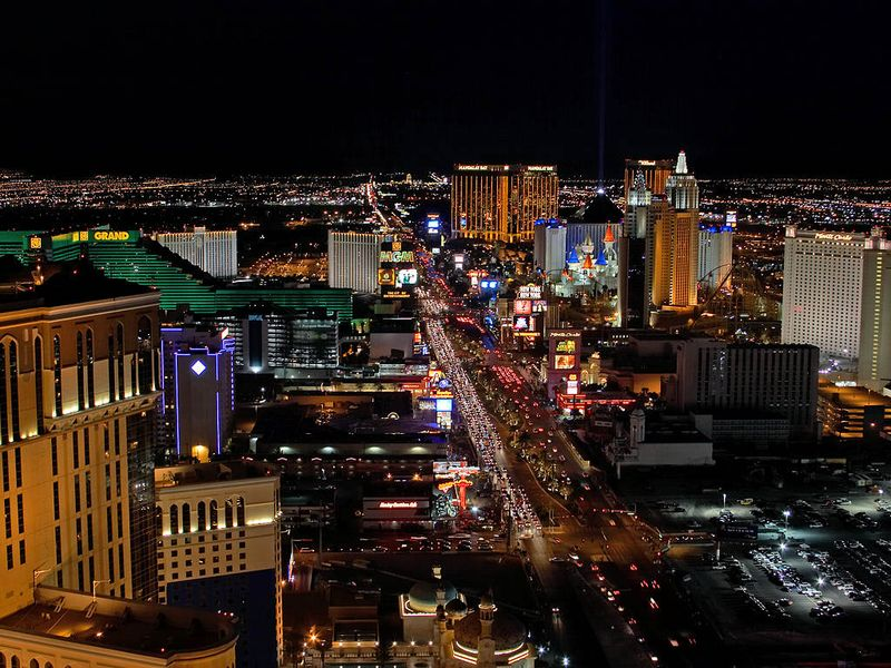 Las-vegas-city-cities-lights-strip-gambling-casinos
